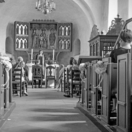 Hochzeit Sylt Kirche ST.Severin Rathaus Standesamt Zeremonie Pastor Hochzeitspaar Hochzeitsgesellschaft Feier Ringwechsel Portrait Liebe FotoMager Friesenkirche Heiraten Westerland Keitum Kirchlich Familie Fotograf Insel Inselliebe